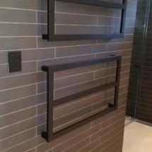 Curl Curl Bathroom Walls